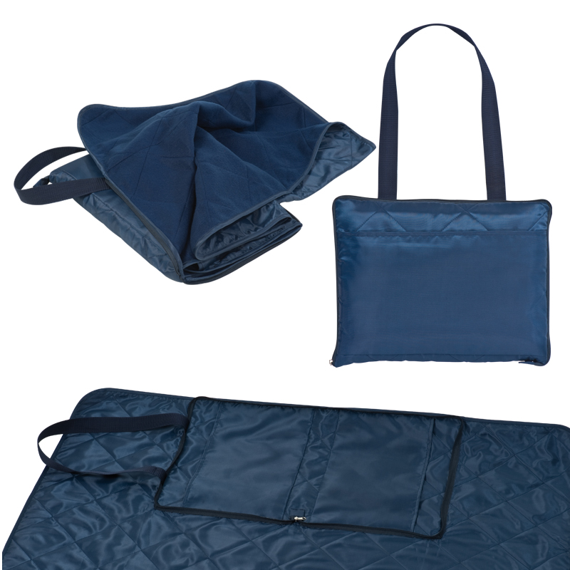 Polyester shoulder bag with an integrated picnic blanket